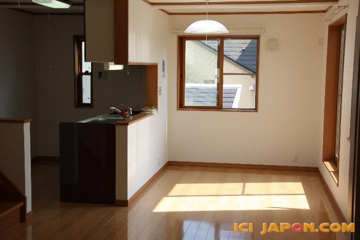 Maison a vendre japon cool ides dcoration japonaise pour for Salle a manger japonaise