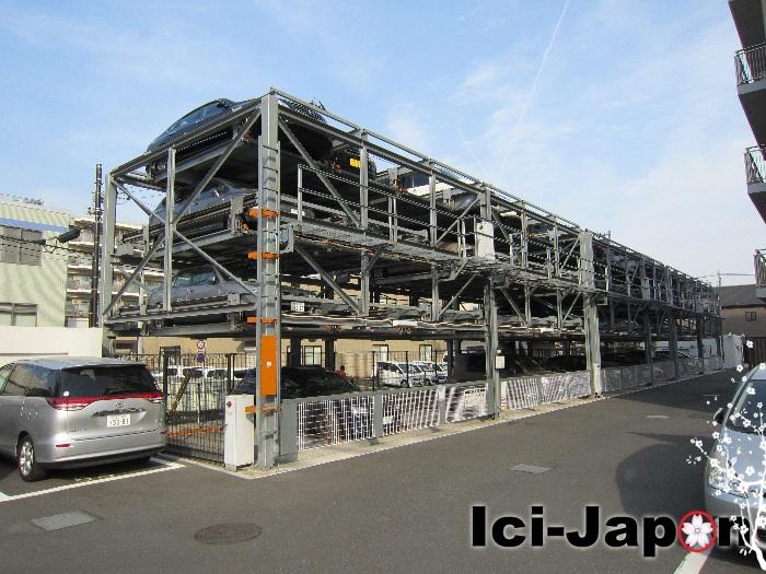 parking-etages-japon