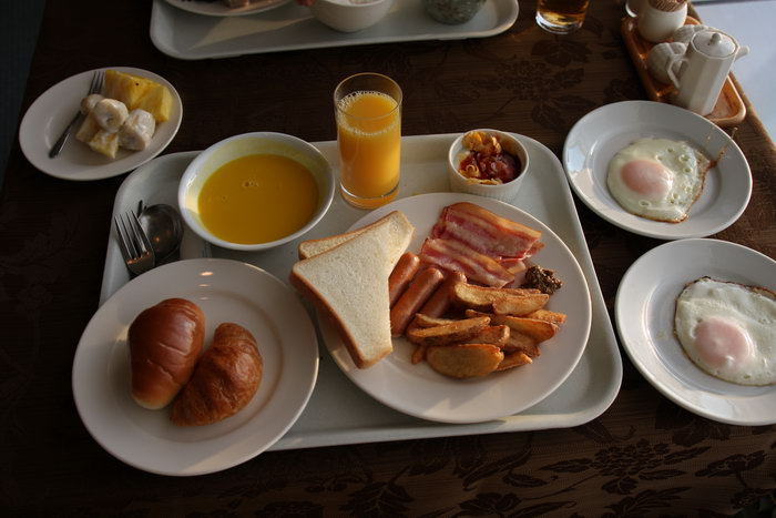 petit-dejeuner americain