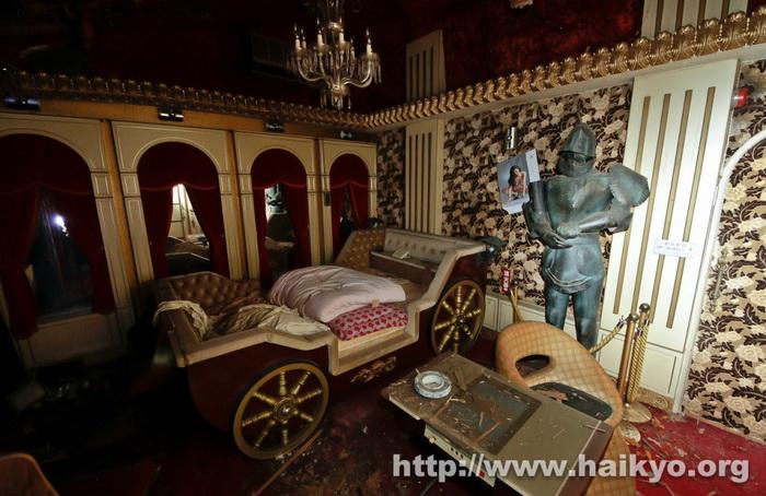 fuurin-motel-knight-room